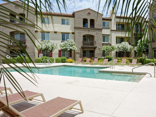 Waterford at Peoria Apartments for Rent in Peoria, AZ | Pool with Sundeck