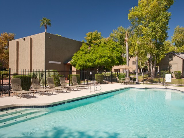 Terra Vida Apartments for Rent in Mesa, AZ | Swimming Pool