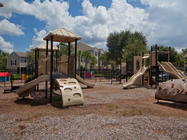 Osprey Links at Hunter's Creek | Apartments in Orlando, Florida | Playground