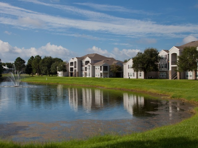 Osprey Links at Hunter's Creek | Apartments for Rent in Orlando, FL | Premium Lake Views