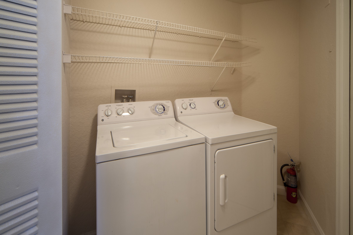 Osprey Links at Hunter's Creek | Apartments for Rent in Orlando, FL | Full WasherDryers Included