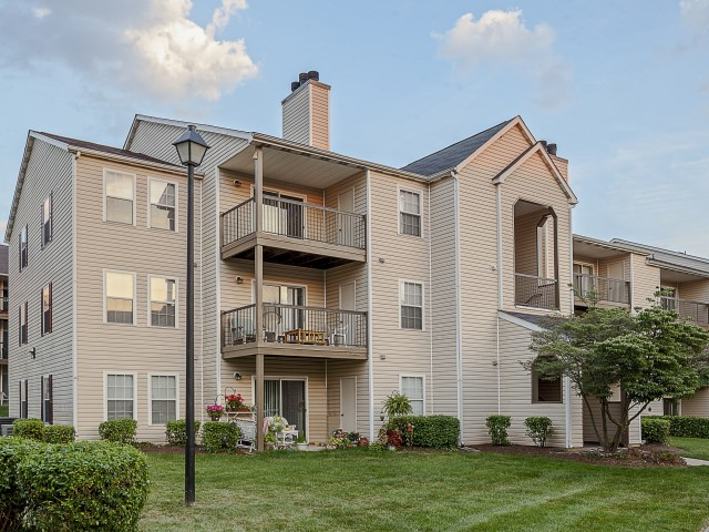 Saybrooke | Apartments For Rent in Gaithersburg, MD | Green Courtyards