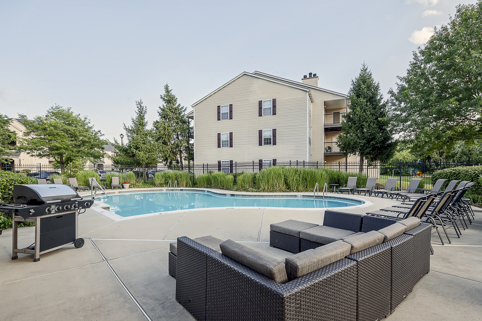 Saybrooke | Apartments For Rent in Gaithersburg, MD | Pool with Sundeck