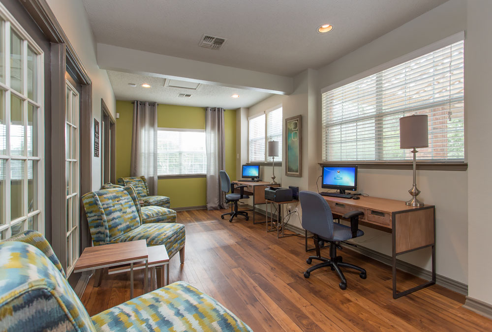 Woods of Bedford Apartments for Rent in Bedford, TX |