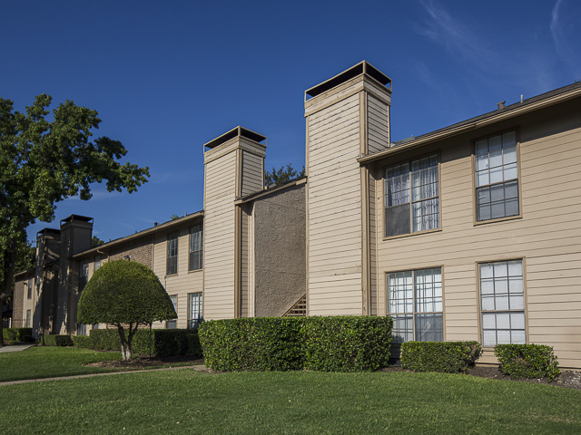 Floor plans landmark at rosewood apartments in dallas for Rosewood home builders
