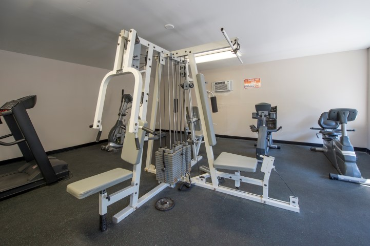 The Gardens Apartments For Rent in Houston, TX | Fitness Equipment