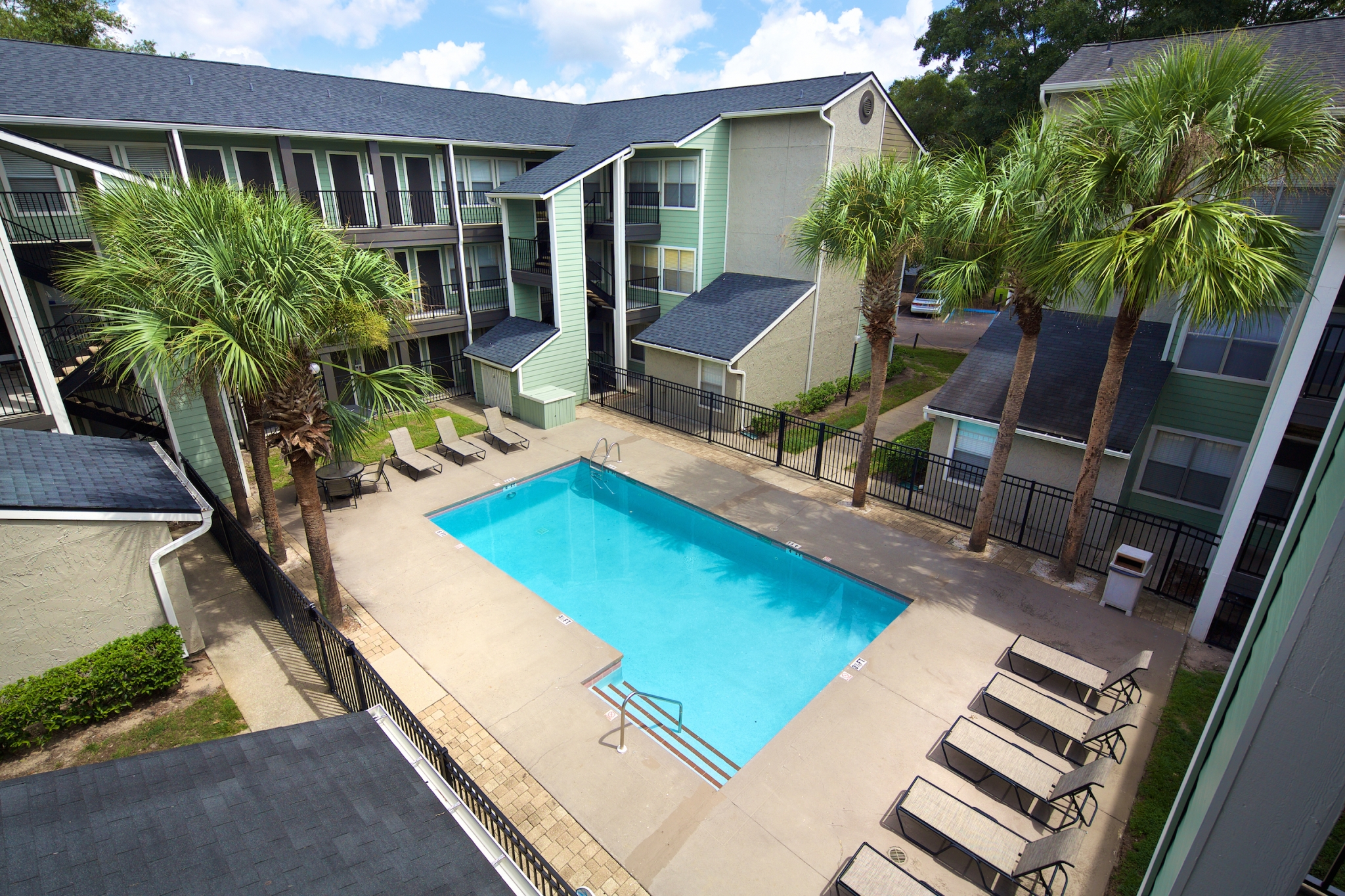 Amenities. Brookwood Club   Apartments For Rent In Jacksonville  FL
