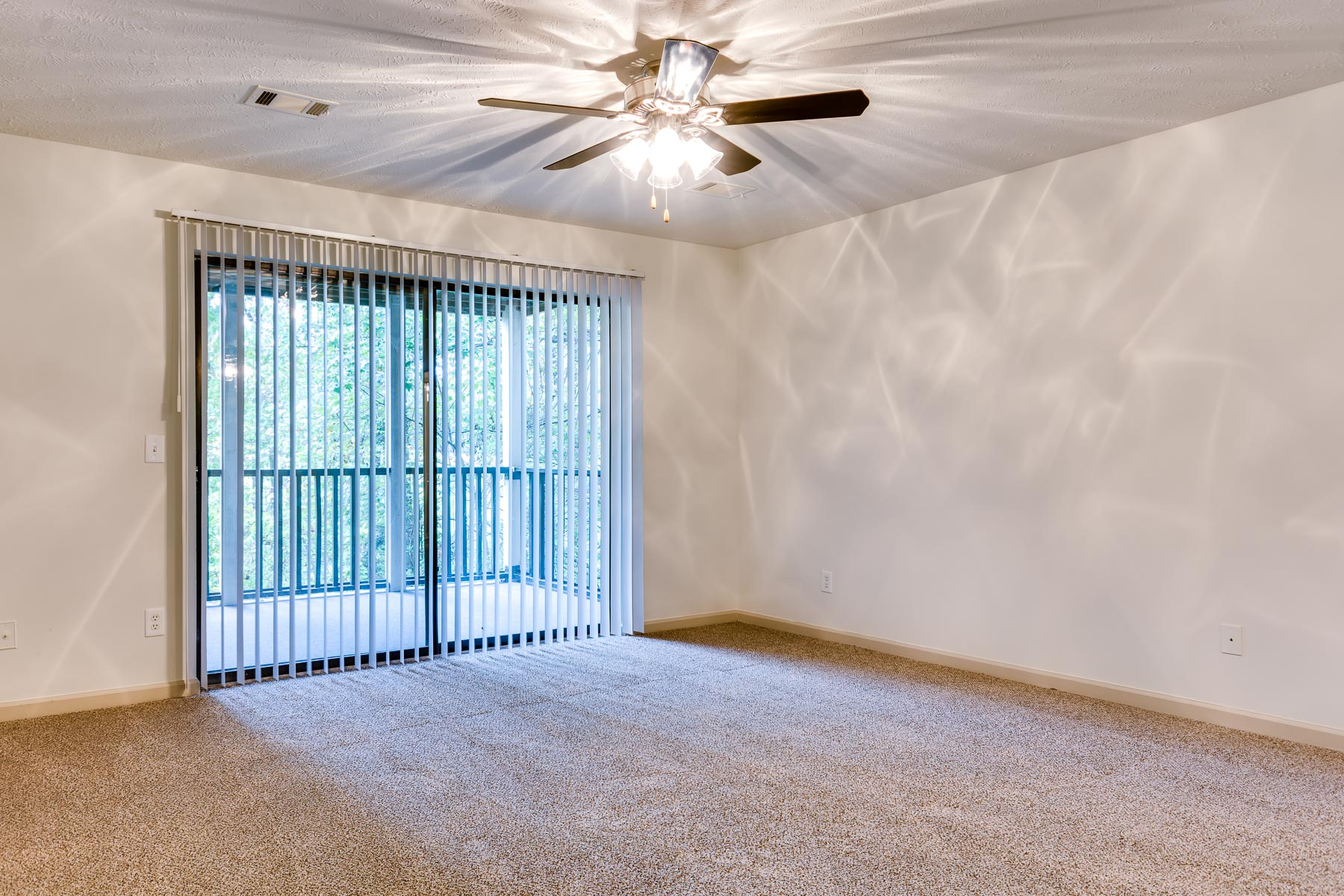 Nashboro Village | Apartments for Rent in Nashville, TN | Living Room