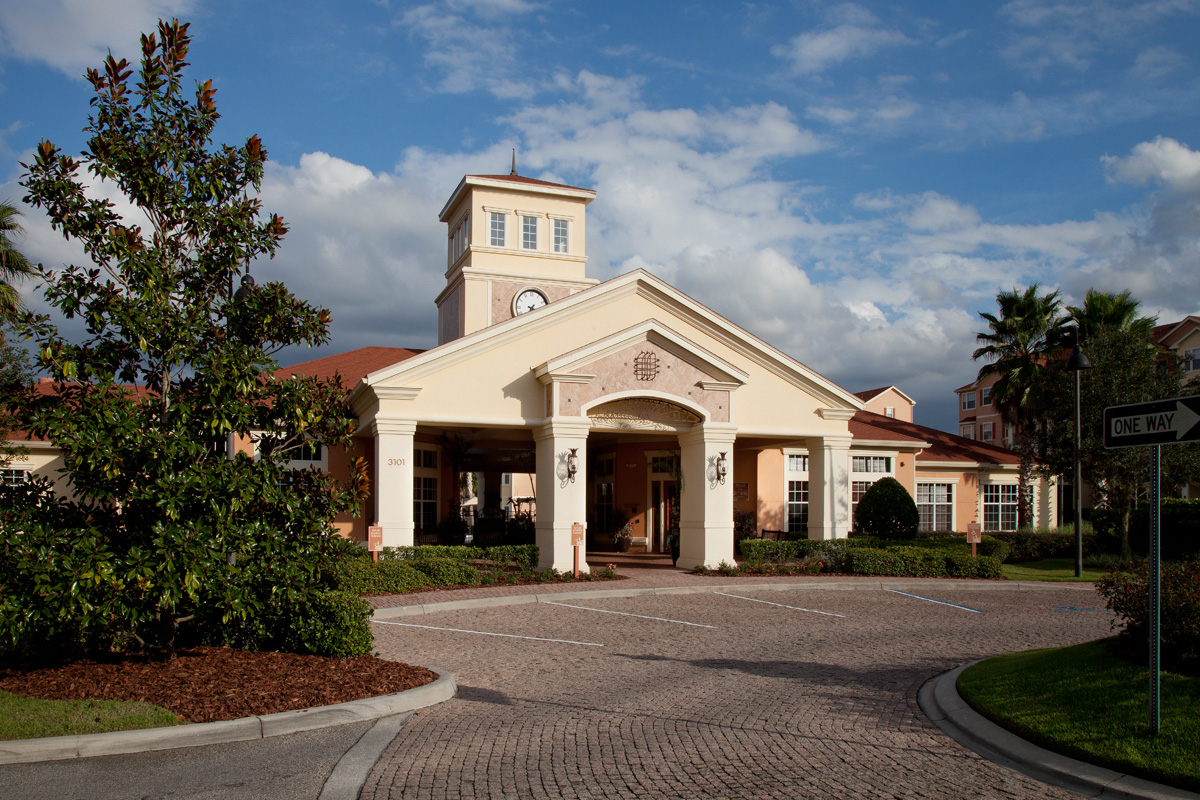 Bella Apartments - Kissimmee, Florida - Leasing Center