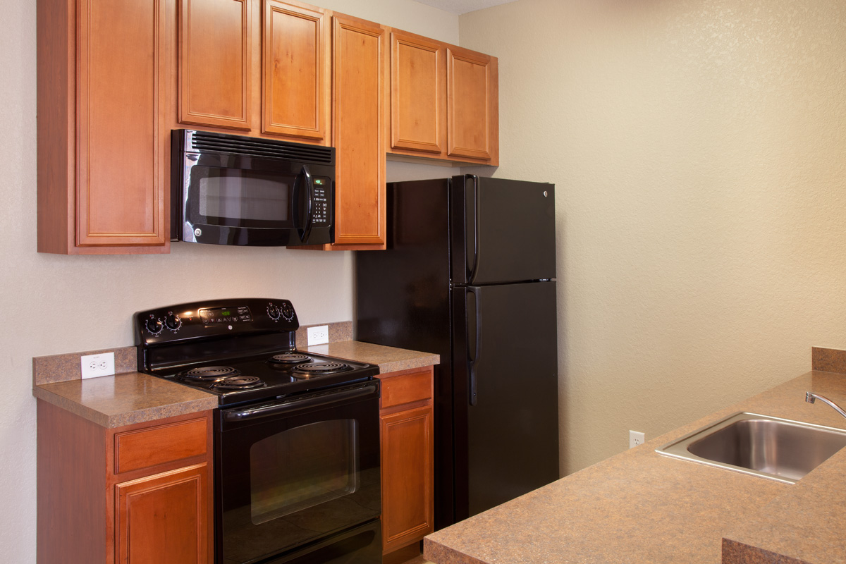 Bella Apartments - Kissimmee, Florida