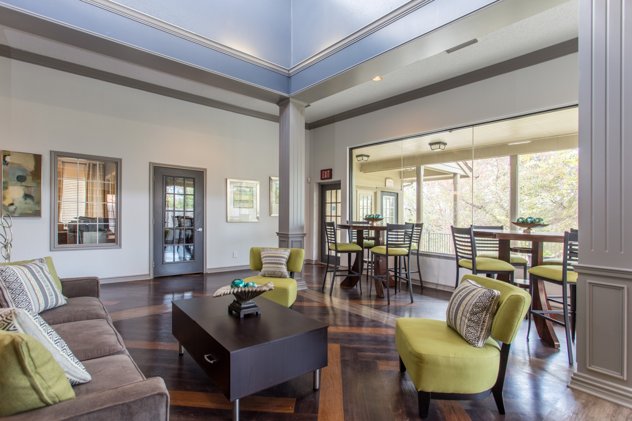 Apartments For Rent at The Gables of McKinney, TX | Clubhouse Overlooking the Pool
