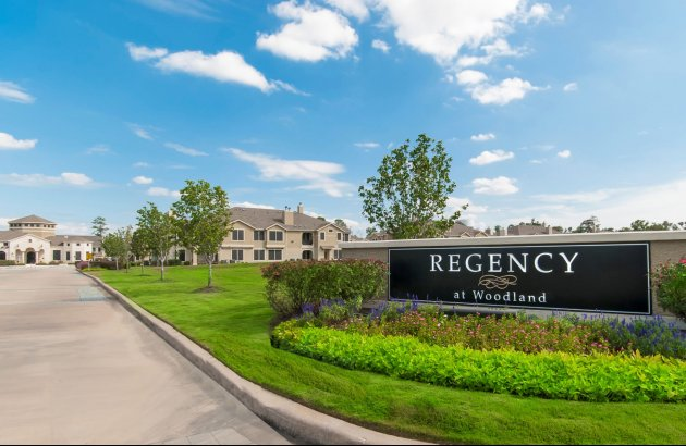 Visit our beautifully landscaped community and you'll begin to understand Regency is not your typical rental community, it's a place you'll be proud to call home.