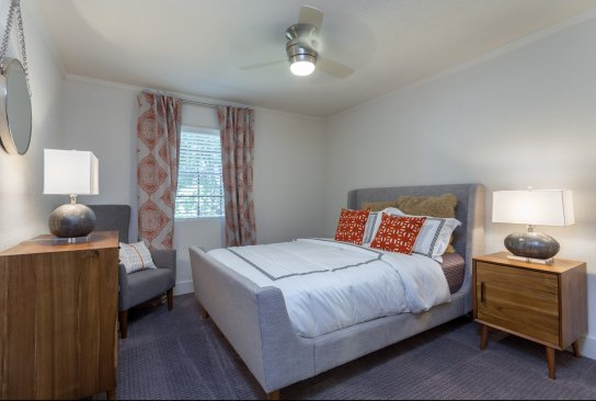 Apartments in austin for rent retreat at barton creek for The retreat luxury apartments