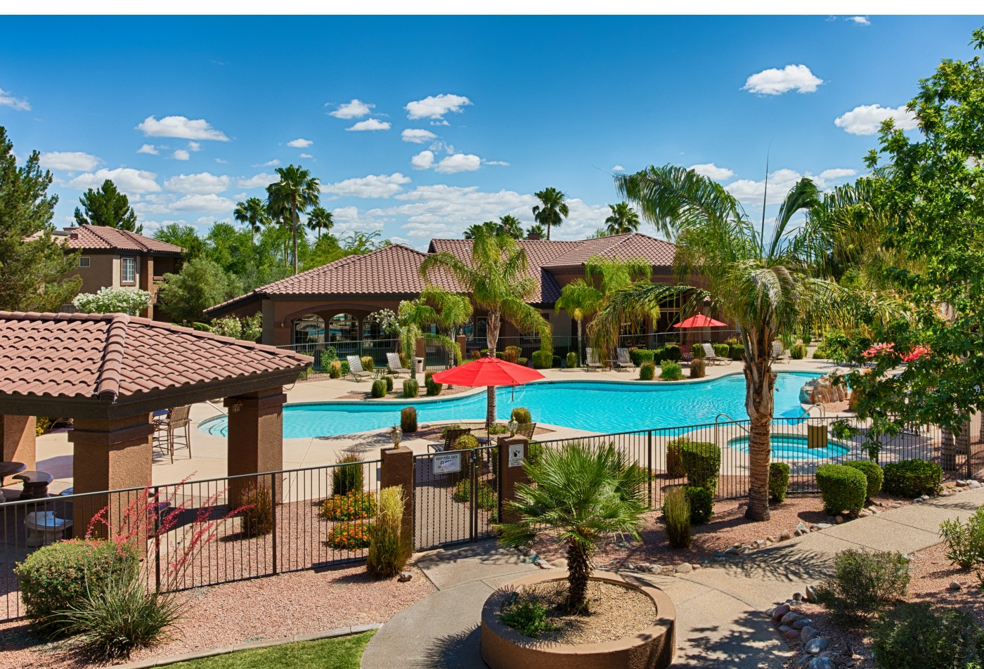 Springs at Silverbell Apartments Tucson, AZ pool, exterior anf landscaping