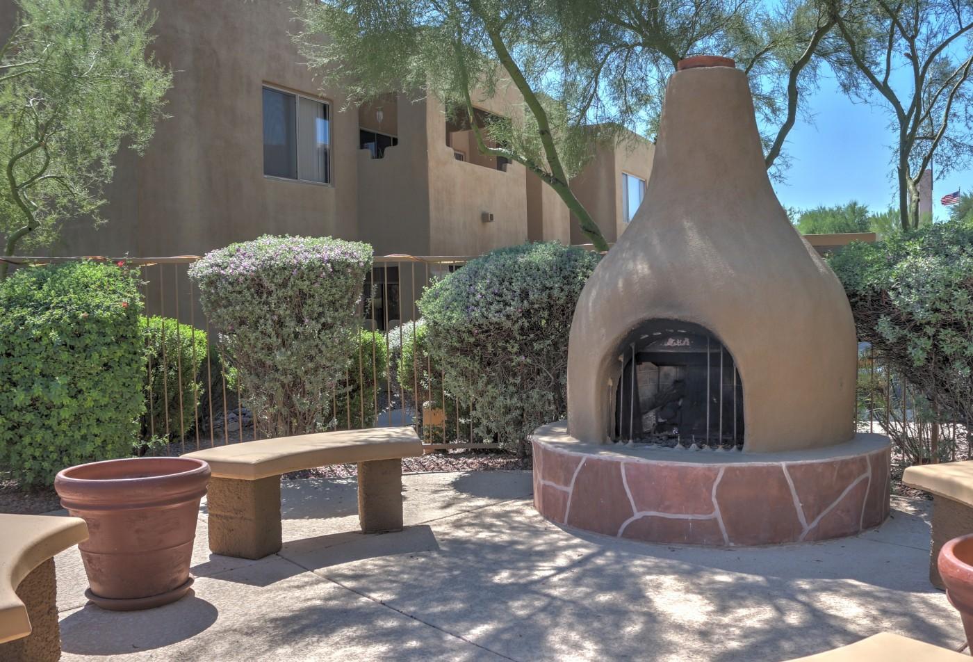 Ridge View Apartments Fountain Hills, AZ outdoor fireplace
