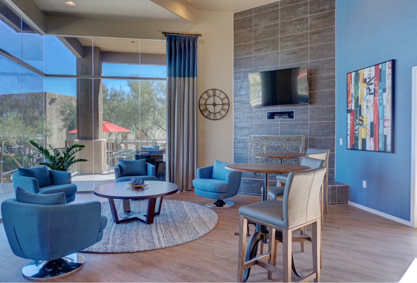 Ridge View Apartments Fountain Hills, AZ living room clubhouse