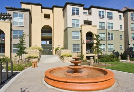 View of fountain at Villa Montanaro Apartments in Pleasant Hill CA