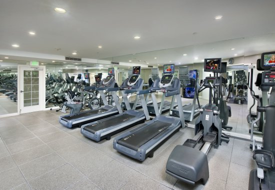 Gym at Windsor at Hancock Park Apartments in Los Angeles CA