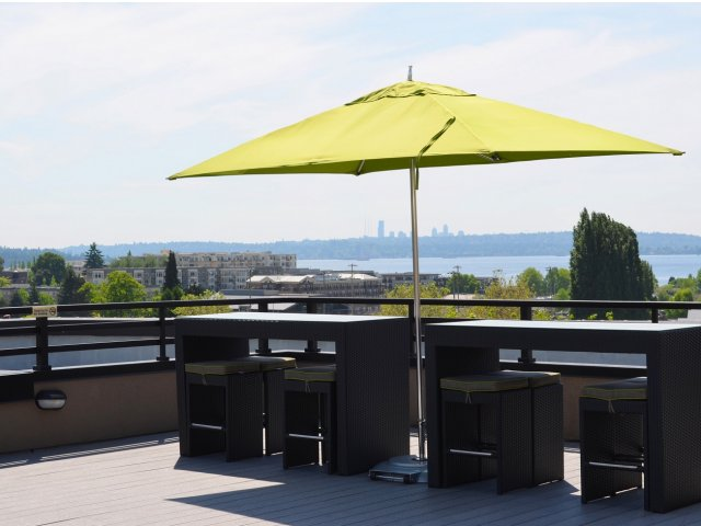 Image of Roof-top veranda with BBQ grill for Tera Apartments