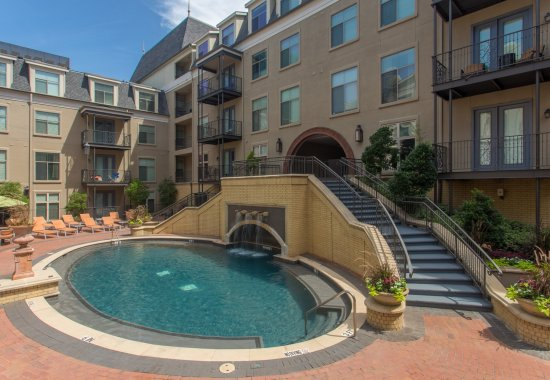 Outdoor hot tub at Trianon by Windsor Apartments in Dallas TX
