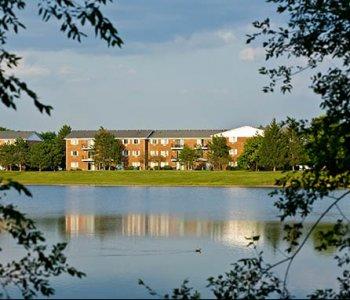 Lakehaven Apartments