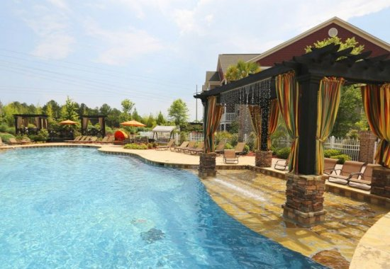Sparkling Pool at Apartments For Rent in Warner Robins GA