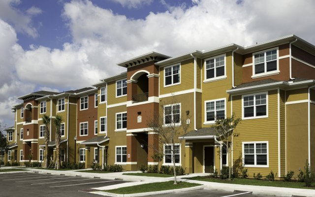 Colonial Lakes Apartments Lake Worth