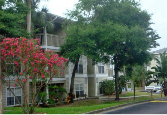 Rivercrest Apartments