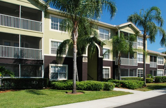Located in Fort Myers, you'll be close to shopping, dining, entertainment and more