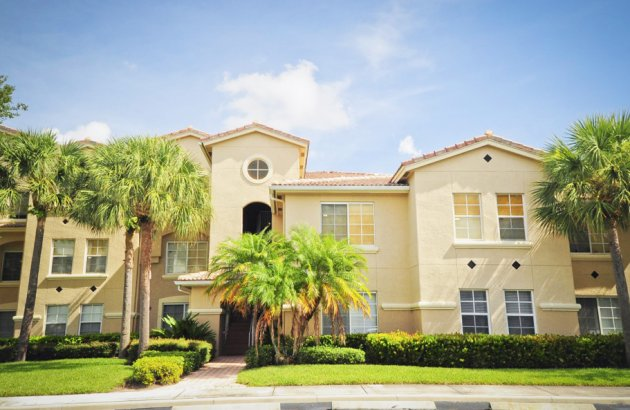 Live Close to Boynton Beach Shopping and just minutes from Boca Town Center Mall