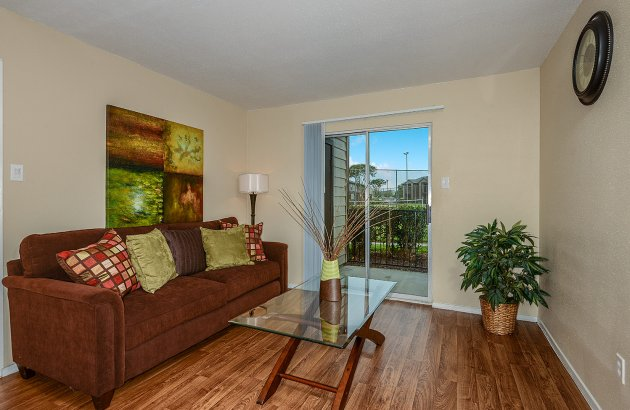Live close to Texas A&M with easy access to the main highway