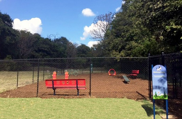 This pet friendly community features a dog park for fun with your furry friends