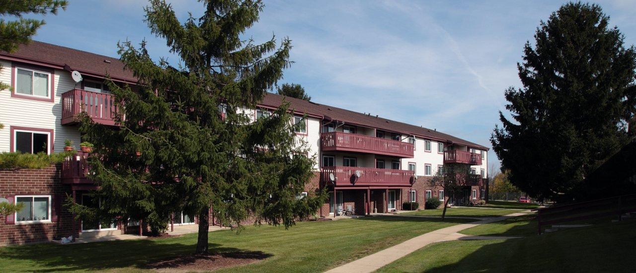 Ridge View Rentals in St. Francis Wisconsin