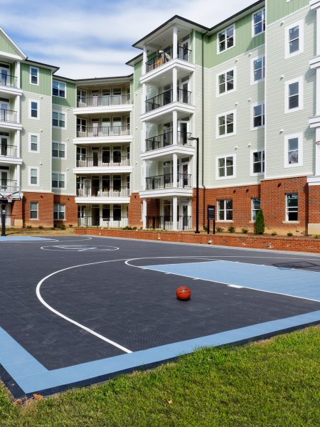 Community Basketball Court | Apartments for Rent in Chapel Hill NC | Lux at Central Park