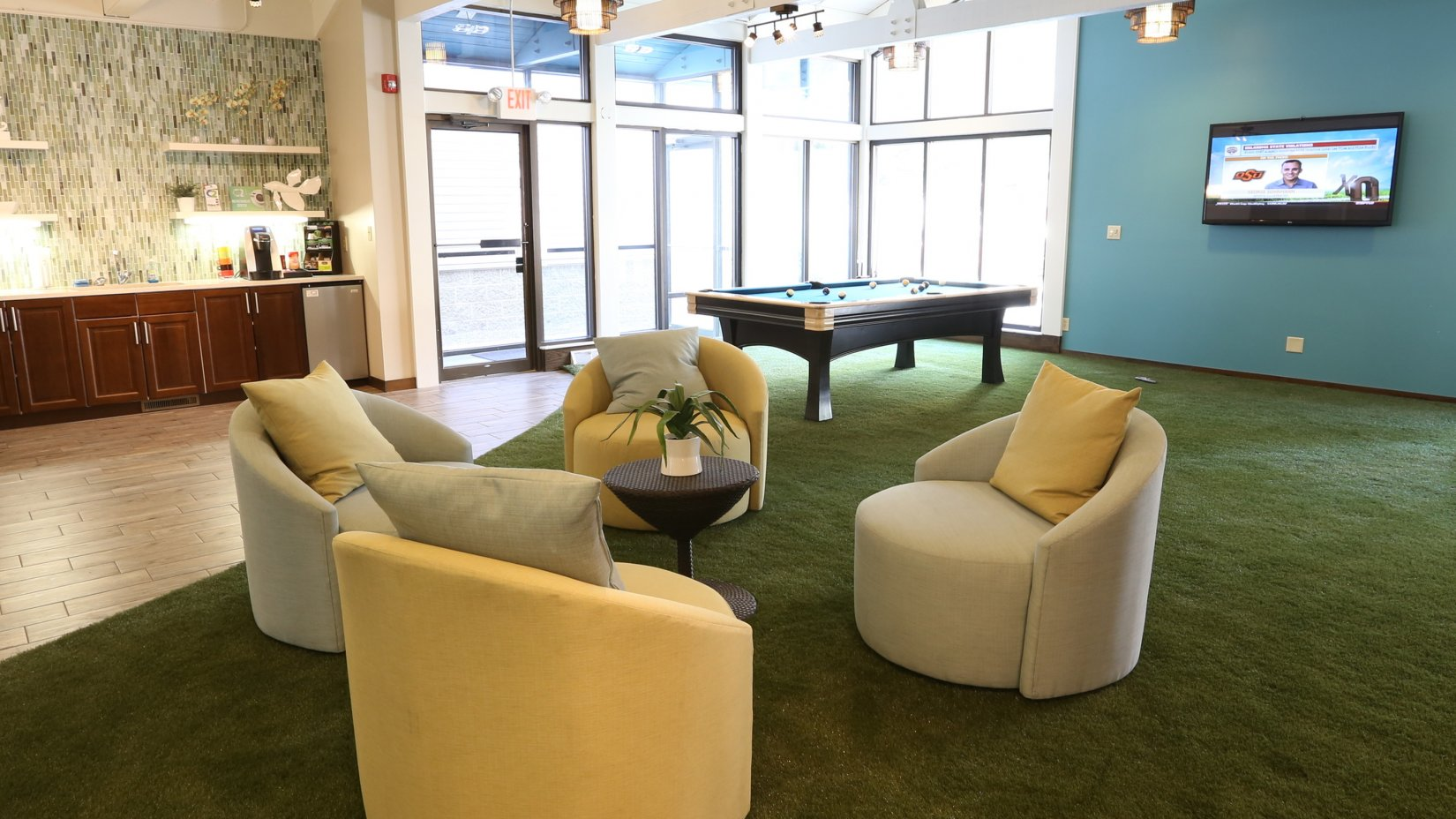 Resident Lounge   Apartments in Lafayette IN   Collegiate Communities
