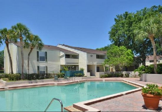 apartments for rent in orlando pool