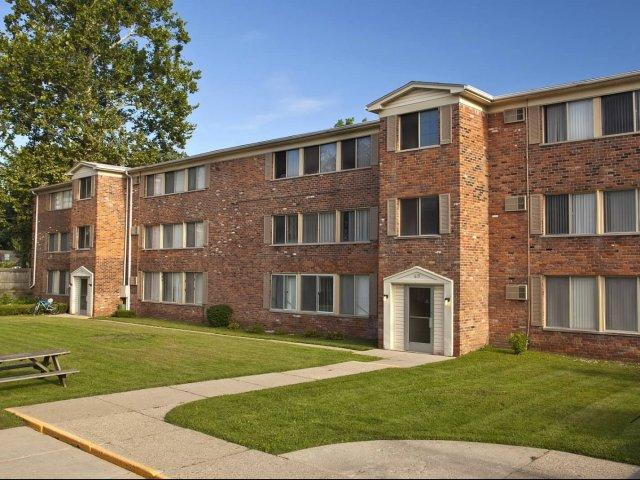 royal oak mi apartment rentals wagon wheel apartments apartments