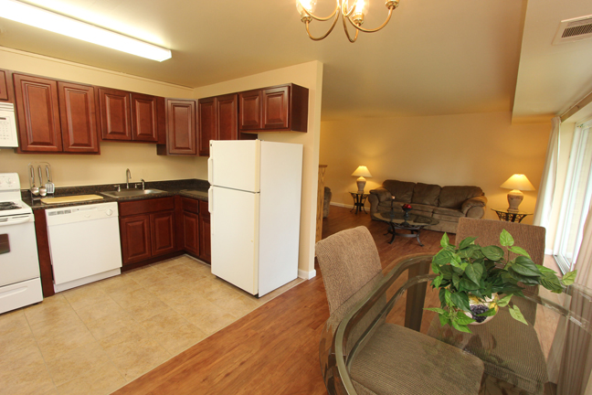 Studio - 3 Bed Apartments | Nittany Garden Apartments ...