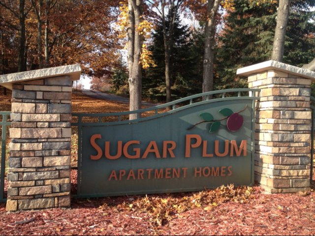 mi apartment rentals sugar plum apartments sugar plum apartments