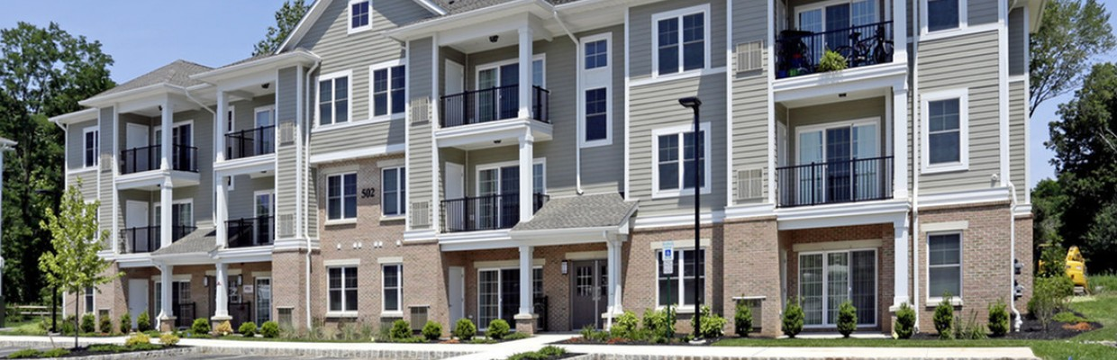 Heritage Court Apartments in Ewing, NJ | Exterior Building View