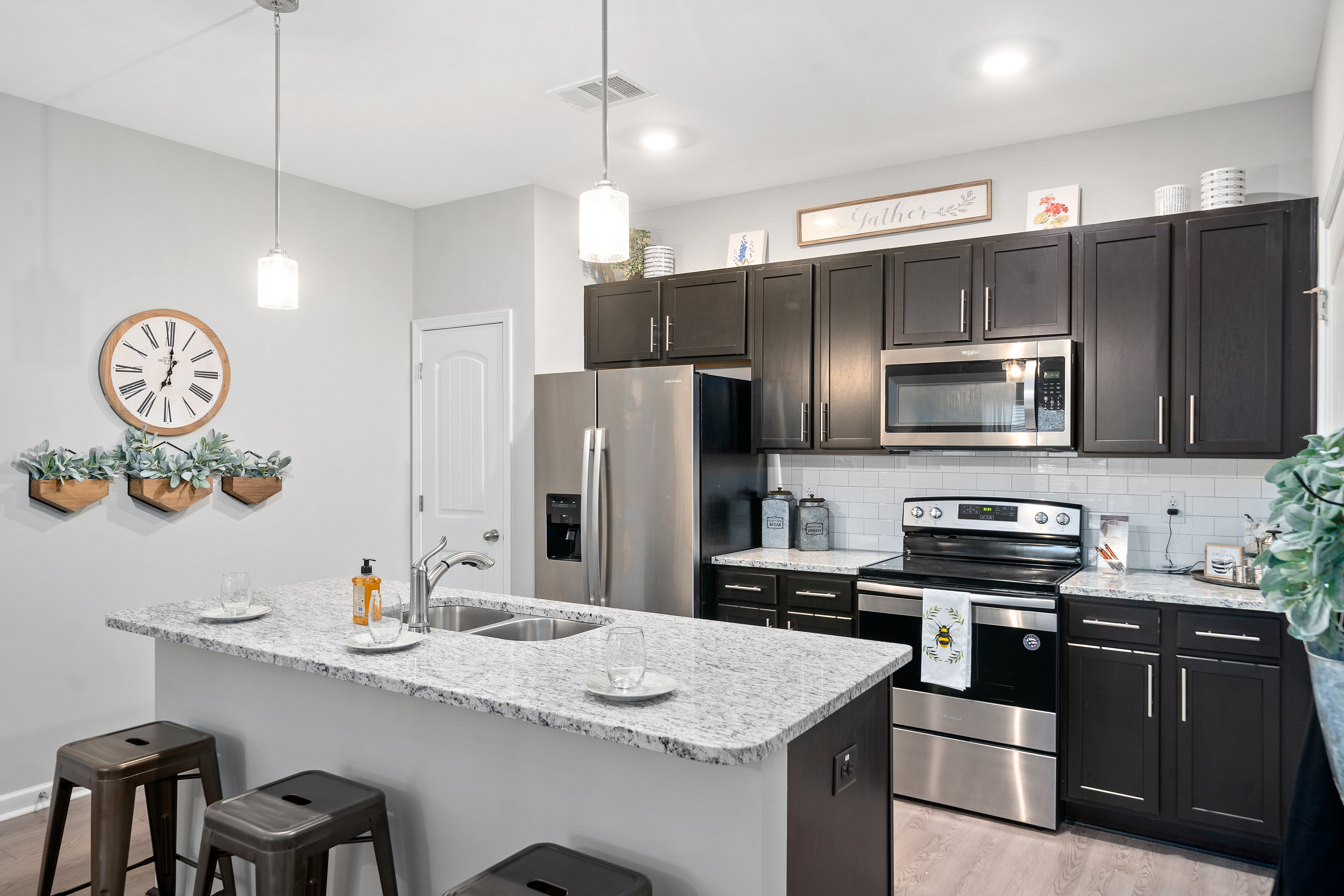 Solis Apartments In Clarksville Tn