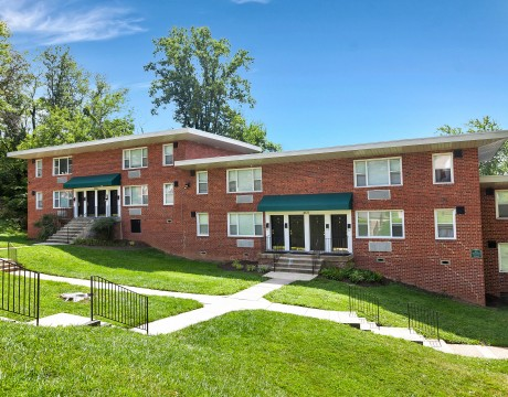 Baltimore 1 - 2 Bedroom Apartment   Greens at Forest Park