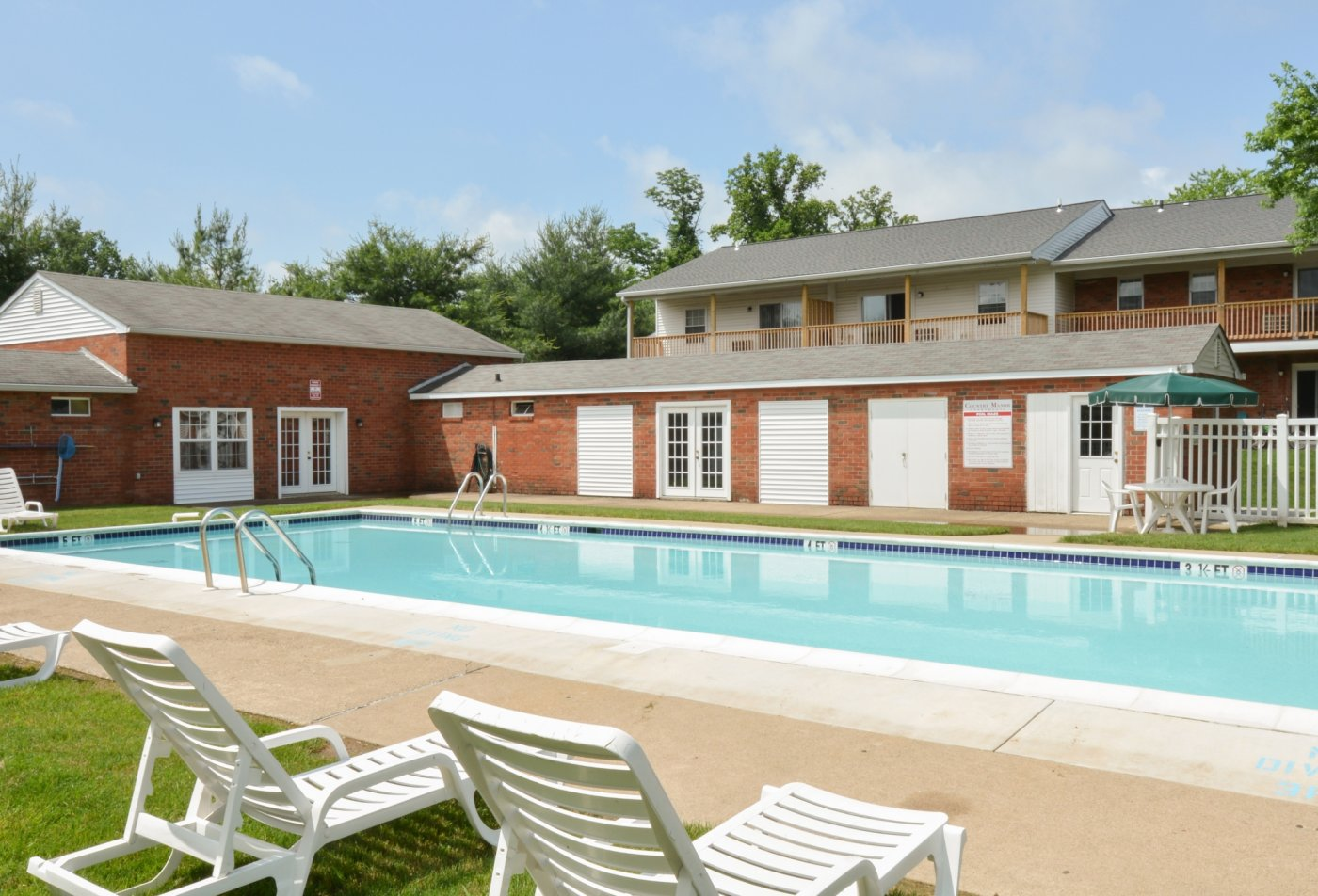 Apartments for rent in Levittown, PA | Country Manor Apartments