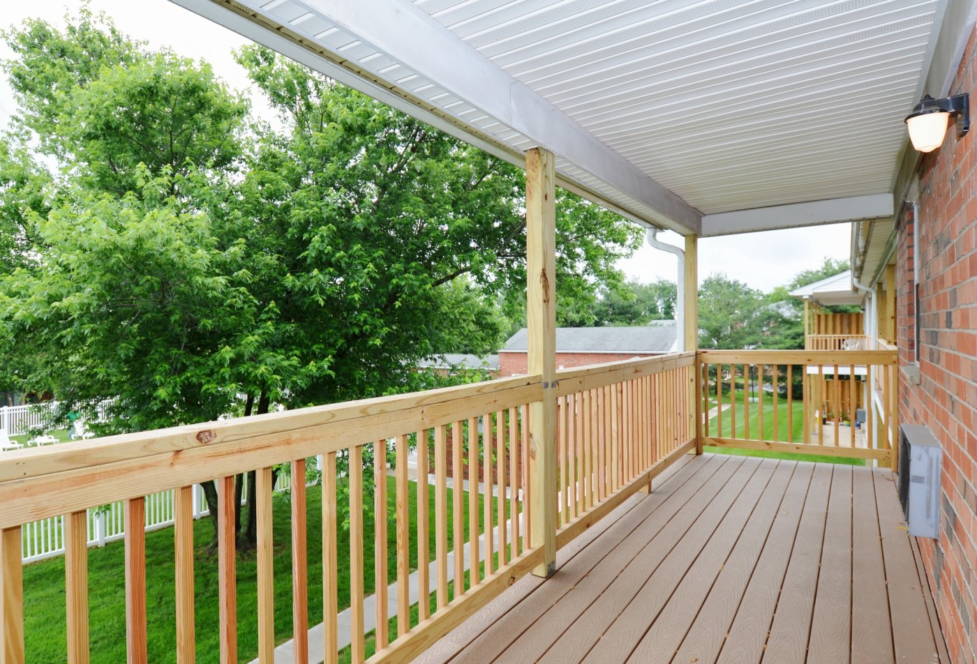 Spacious Apartment Balcony | Levittown PA Apartments For Rent | Country Manor Apartments