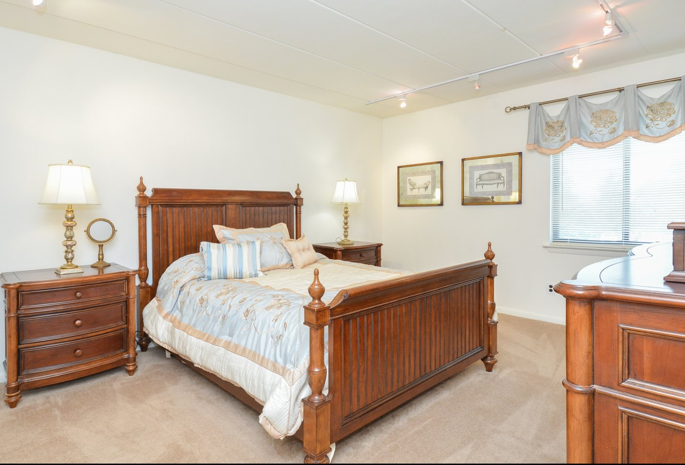 Spacious Master Bedroom | Apartments Homes for rent in Wilmington, DE | Fairway Park Apartments & Townhomes