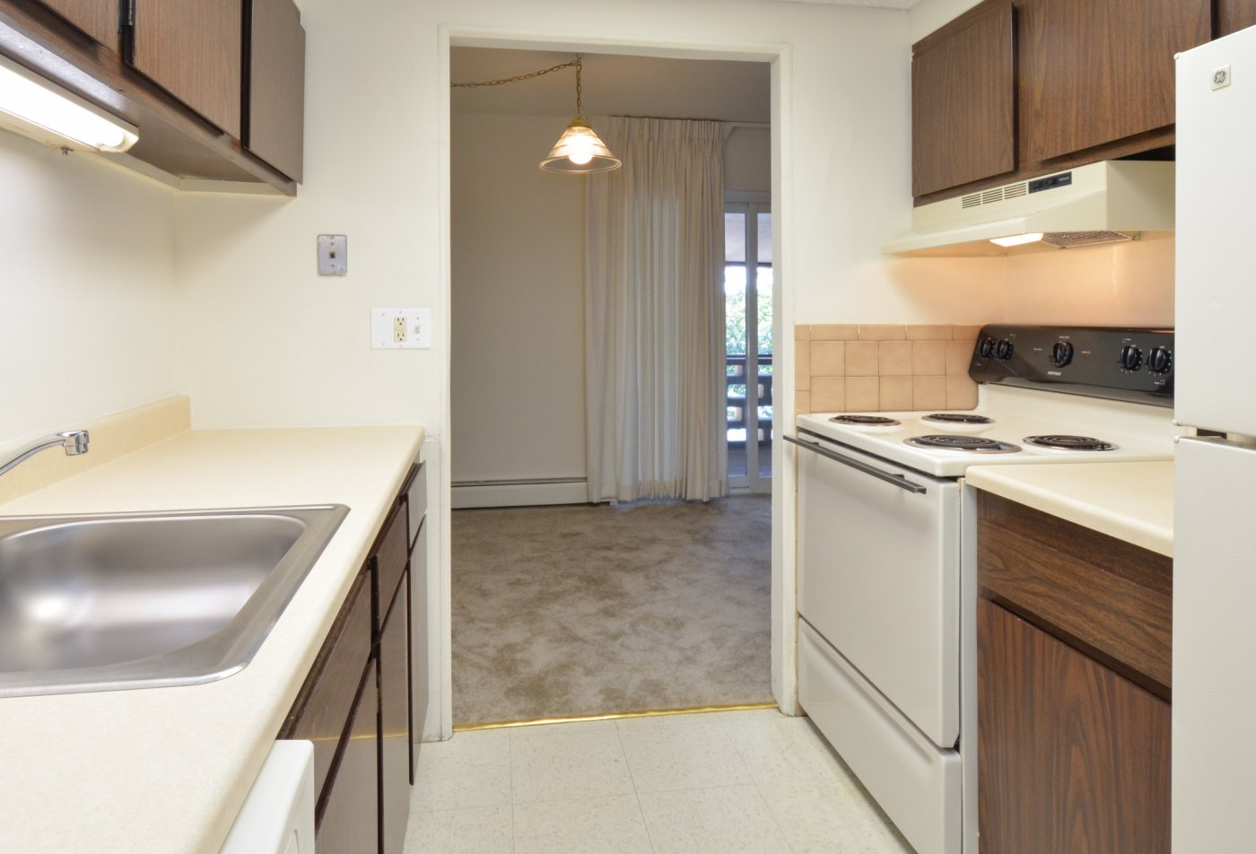State-of-the-Art Kitchen | Dover DE Apartment Homes | Lake Club Apartments