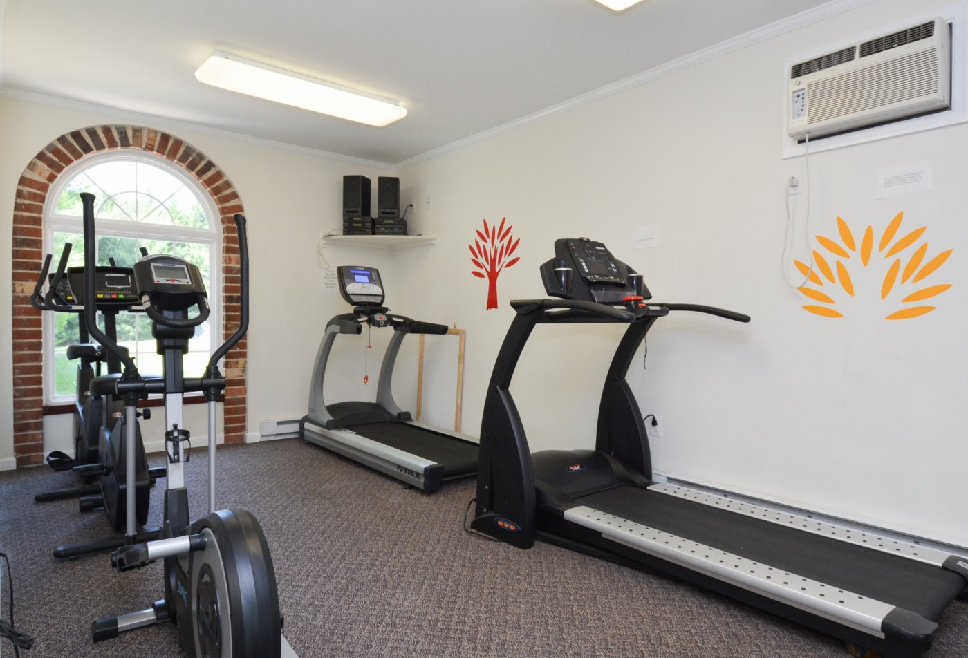 State-of-the-Art Fitness Center | Apartment Homes in Boothwyn, PA | Rolling Glen Townhomes and Apartments