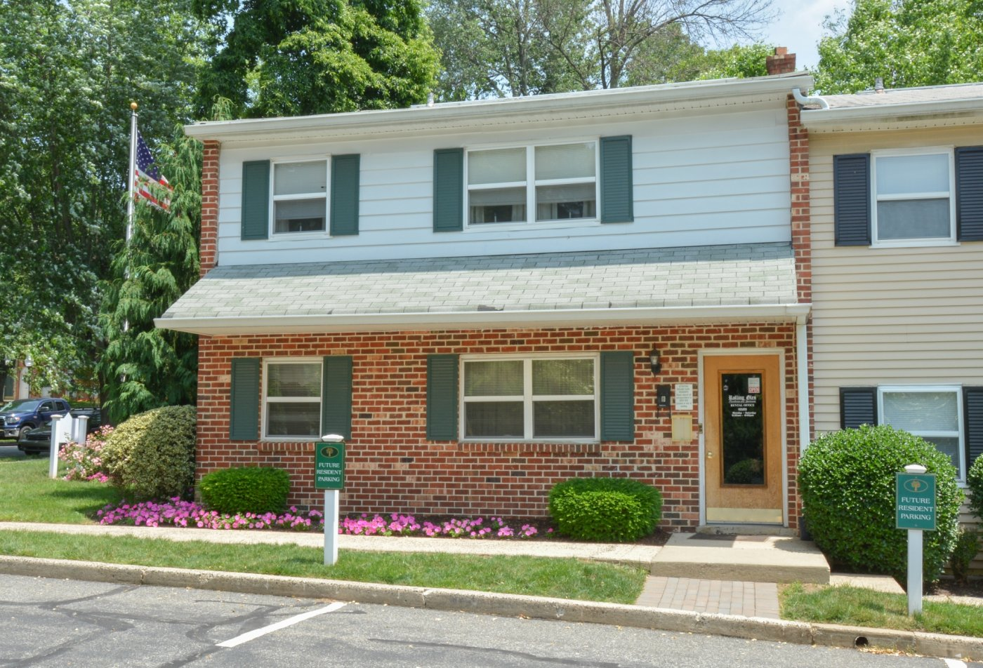 Apartment Homes in Boothwyn, PA | Rolling Glen Townhomes and Apartments