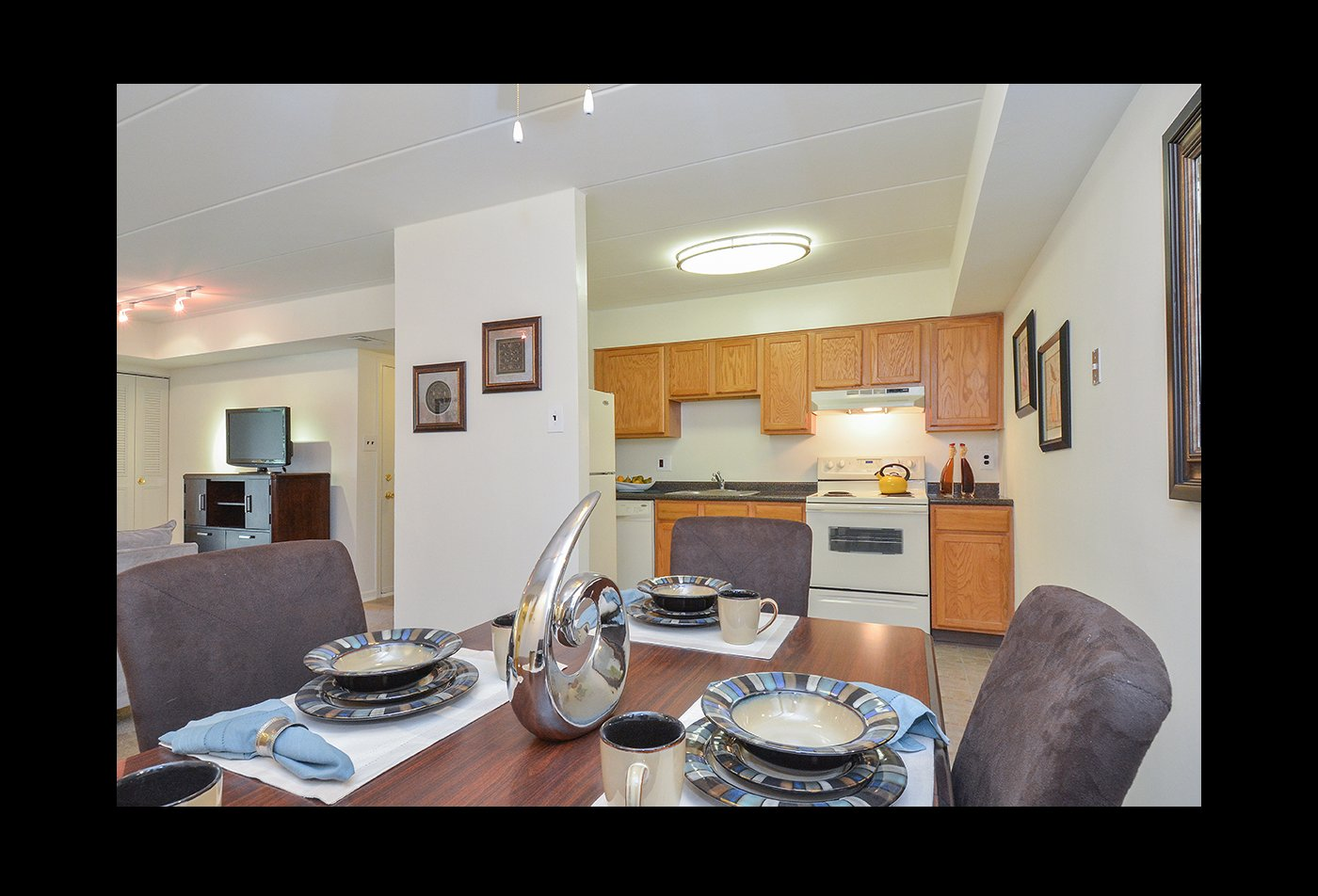 Spacious Dining Room | Apartment in Langhorne, PA | Summit Trace Apartments