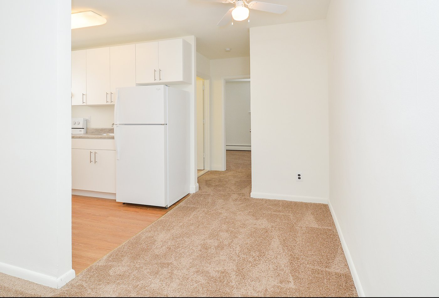 Modern Kitchen   Media PA Apartment For Rent   Woodview Apartments